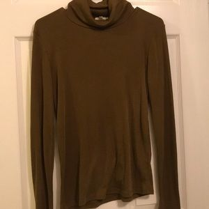 Madewell turtle neck size medium